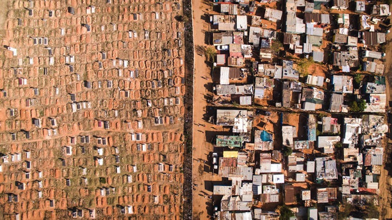 3060888-slide-12-in-south-africa-aerial-views-of-cities-show-looming-inequali