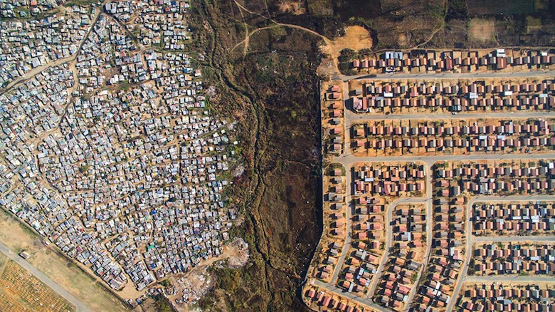 drone-photos-inequality-south-africa-johnny-miller-1