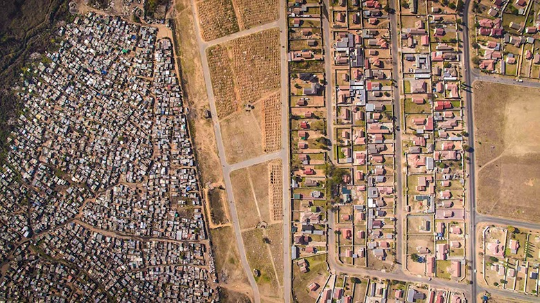 drone-photos-inequality-south-africa-johnny-miller-6
