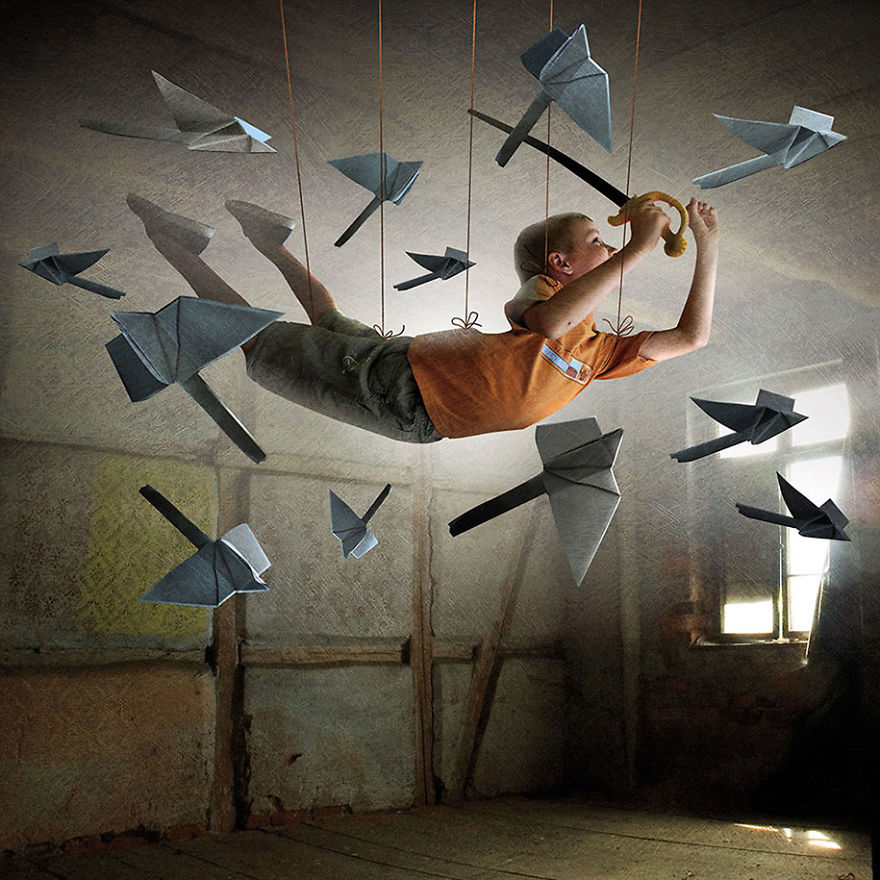 surreal-illustrations-poland-igor-morski-24-570de2f00f0e6__880