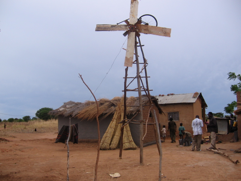 William_Kamkwambas_old_windmill