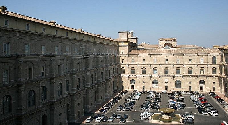monument-archives-secretes-vatican